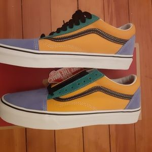 Brand new old skool mens Van's